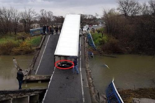 В Приморском крае рухнул мост