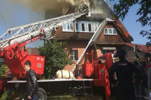 Три пенсионера погибли в горящем доме престарелых
