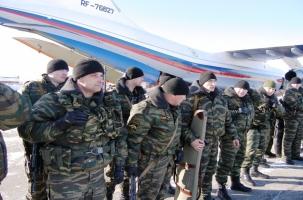 Спецназ направили в воинскую часть после марша контрактников