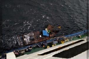 Российский экипаж спас северокорейских рыбаков