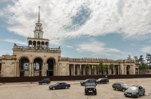 Абхазия ждет поезд из Москвы. А его не будет