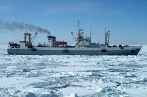 Вместе с российским траулером утонуло более 60 человек