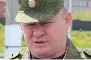 Андрей Сердюков возглавил ВДВ. Биография
