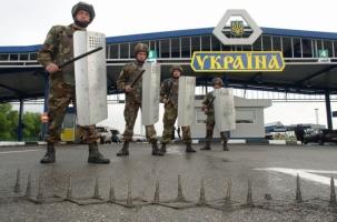 Киев принял чрезвычайные меры против российской угрозы