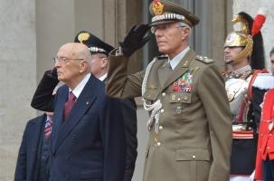 Глава Италии отправил себя в отставку