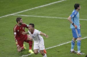 Чили обыграла Испанию в футбол