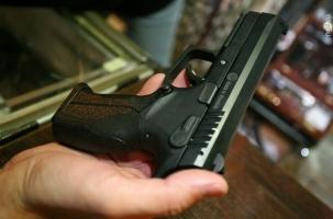 Роковой выстрел из пистолета на школьном уроке