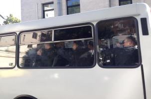В Киеве разгромили российское посольство