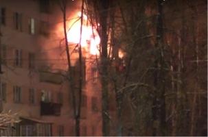 С пожара в Воронеже эвакуировали 30 человек