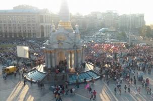 Правый сектор собирает референдум против Порошенко