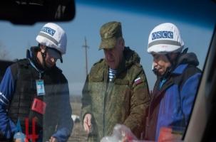 Группу генерала Ленцова обстреляли на нейтральной земле