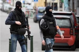Полицейских встретили огнем из автоматов Калашникова