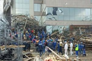 Рабочие падали с 30 метров