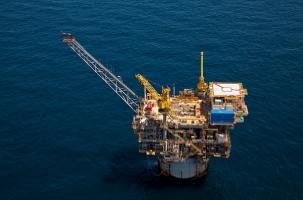 Шторм Гордон поднял цены на нефть