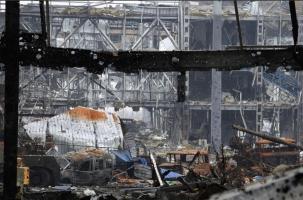 Украина не будет отводить тяжелое вооружение