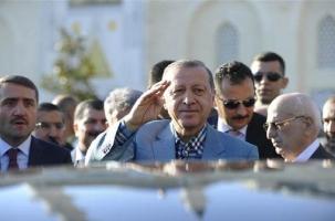 Эрдоган упал в обморок после поста